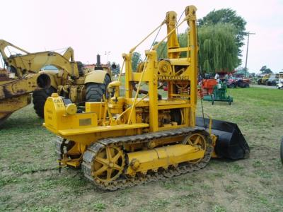 Crawler loader: 1948 Caterpillar D2 with Trackson T2 Traxcavator cable loader attachment